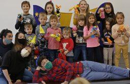 Арт-работилница за деца на Държавен куклен театър Русе